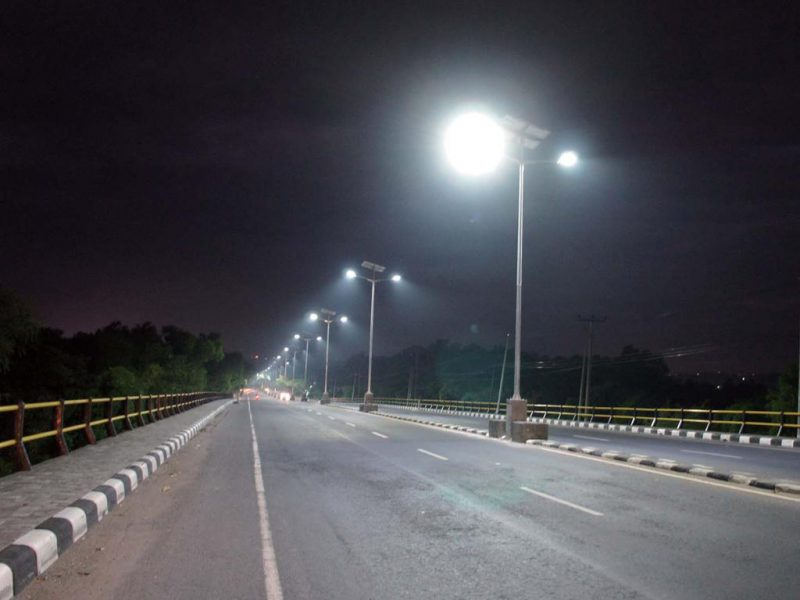 How Solar Street Lights Are Advance Compare To Normal Street Lights