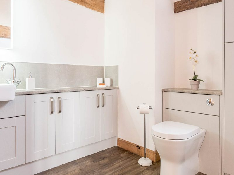 Things To Consider Before Buying Bathroom Fixtures