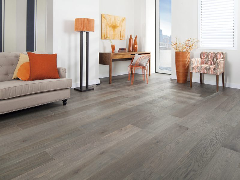 Here's how oak timber flooring can give a facelift to your property in Sydney