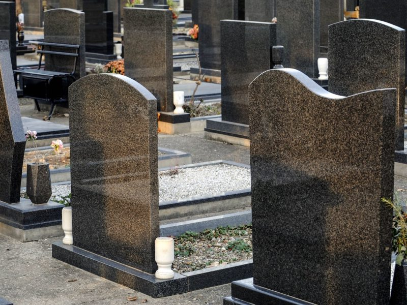 4 Common Soiling Agents That Disturb The Look Of Cemetery Monuments