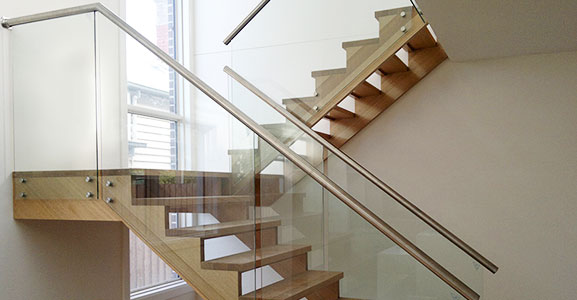 How To Pick Glass Balustrades?