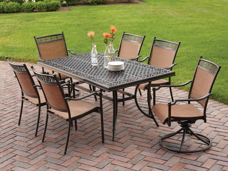 Mistakes To Avoid While Buying Outdoor Galvanised Metal Dining Chairs