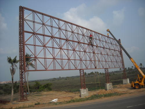 Ensure The Safety Of Pedestrians With The Use Of Class Hoardings