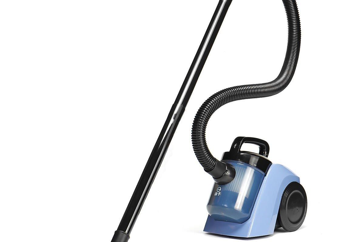 What To Look For When Buying The Best Portable Carpet Cleaner?