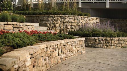 Best Retaining Wall Building Ideas