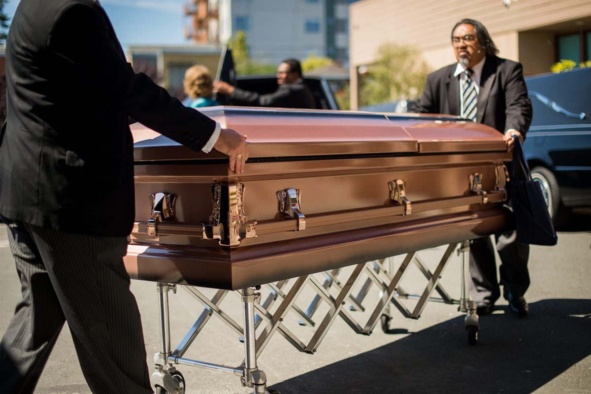 Top Five Considerations For Reducing The Funeral Costs