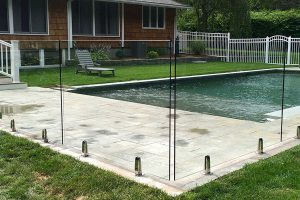 Frameless Glass Pool Fencing – The Way To Get a Good Look For The Pool