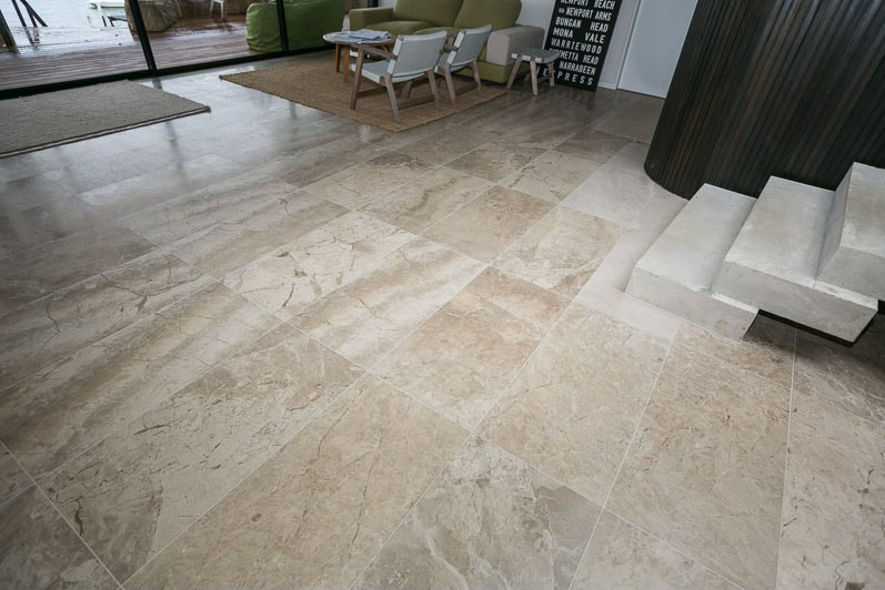 What Are The Pros of Using Limestone Tiles For Outdoors?