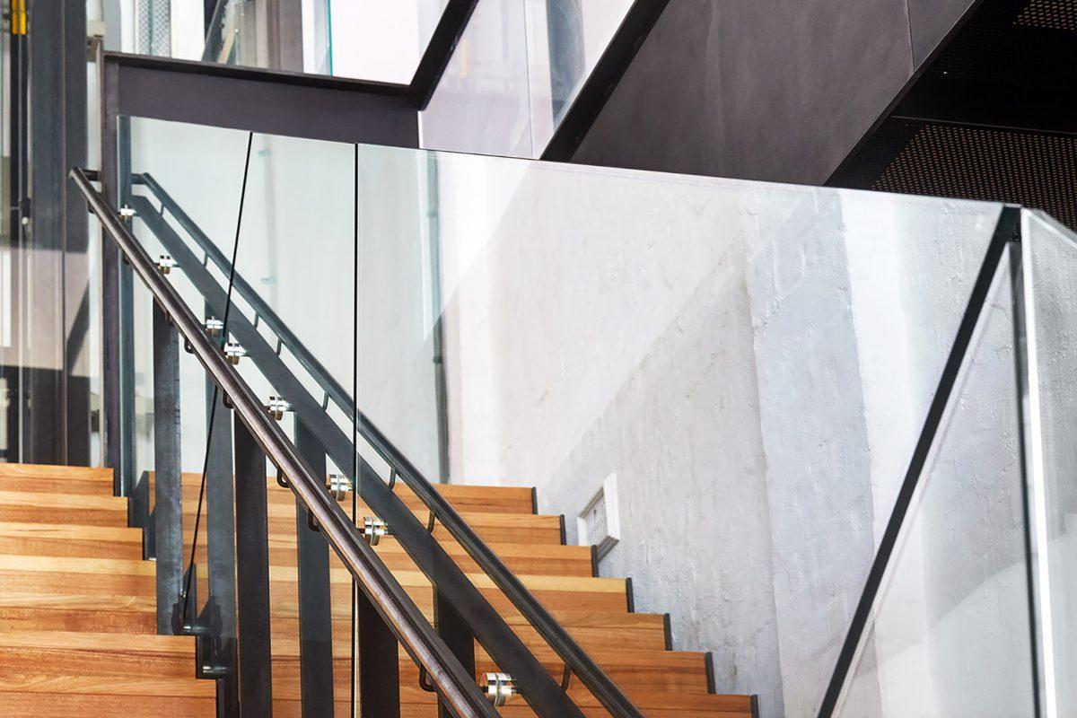 The Strength & Durability of Frameless Glass Balustrade