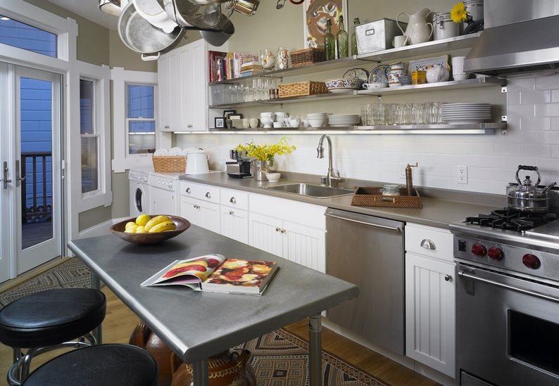 Fantastic Benefits of Stainless Steel Work Bench in The Kitchen
