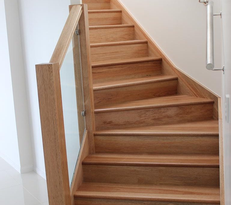Top 5 reasons to choose timber stairs
