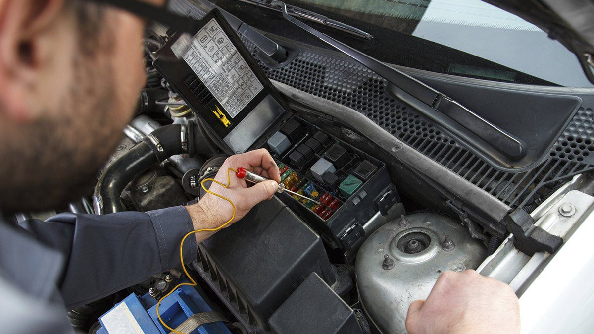 How to Get Complete and Comprehensive Auto Electrical and Mechanical Services