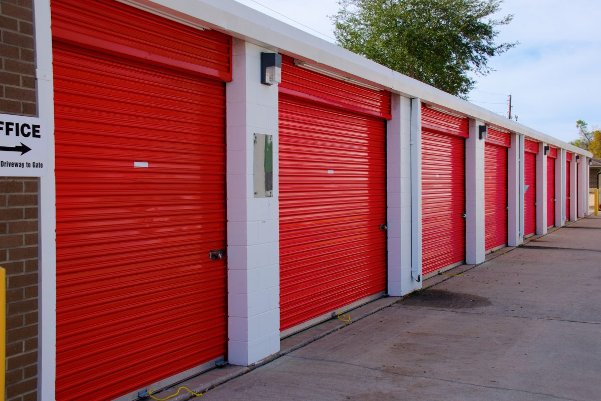 6 Reasons You Need Storage Units When Moving