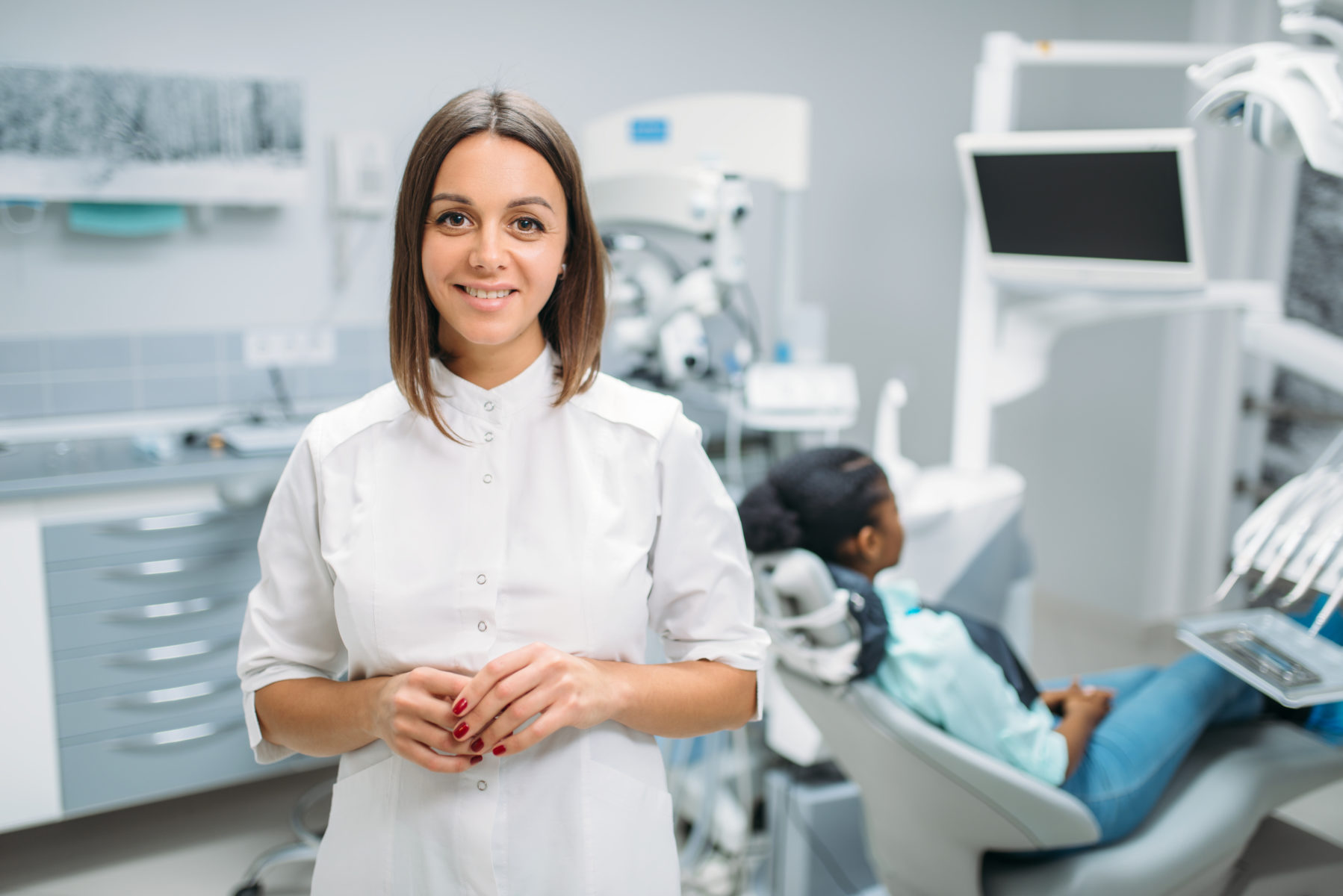 You will never be too mature to flaunt a confident smile. dentist cecil hills clinic uses Invisalign, a brilliant braces alternative that uses clear, undetectable aligners to gradually pull teeth into form. Adults no longer need to wear a pair of heavy metal braces to achieve their perfect grin.