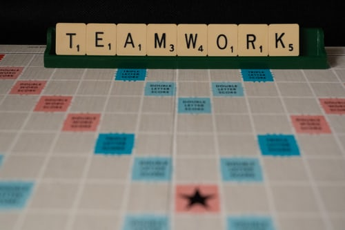 10 Best Team Building Office Games Your Team Will Love