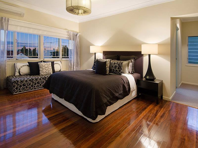 The Various Advantages Of Hardwood Flooring For Your Home