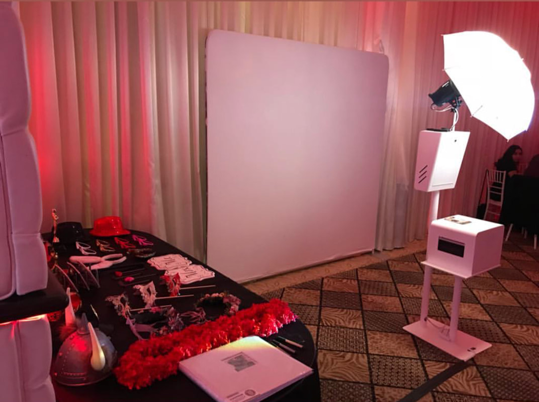 Specifications Related To Photo Booth Hire Penrith, Which Makes Them Quite Popular Among Masses