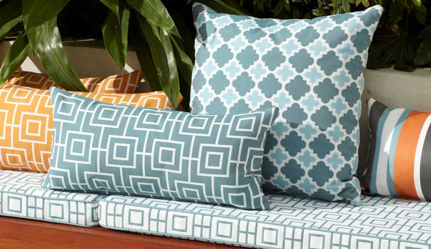 Factor You Consider When Buying Right Grade Upholstery Fabric