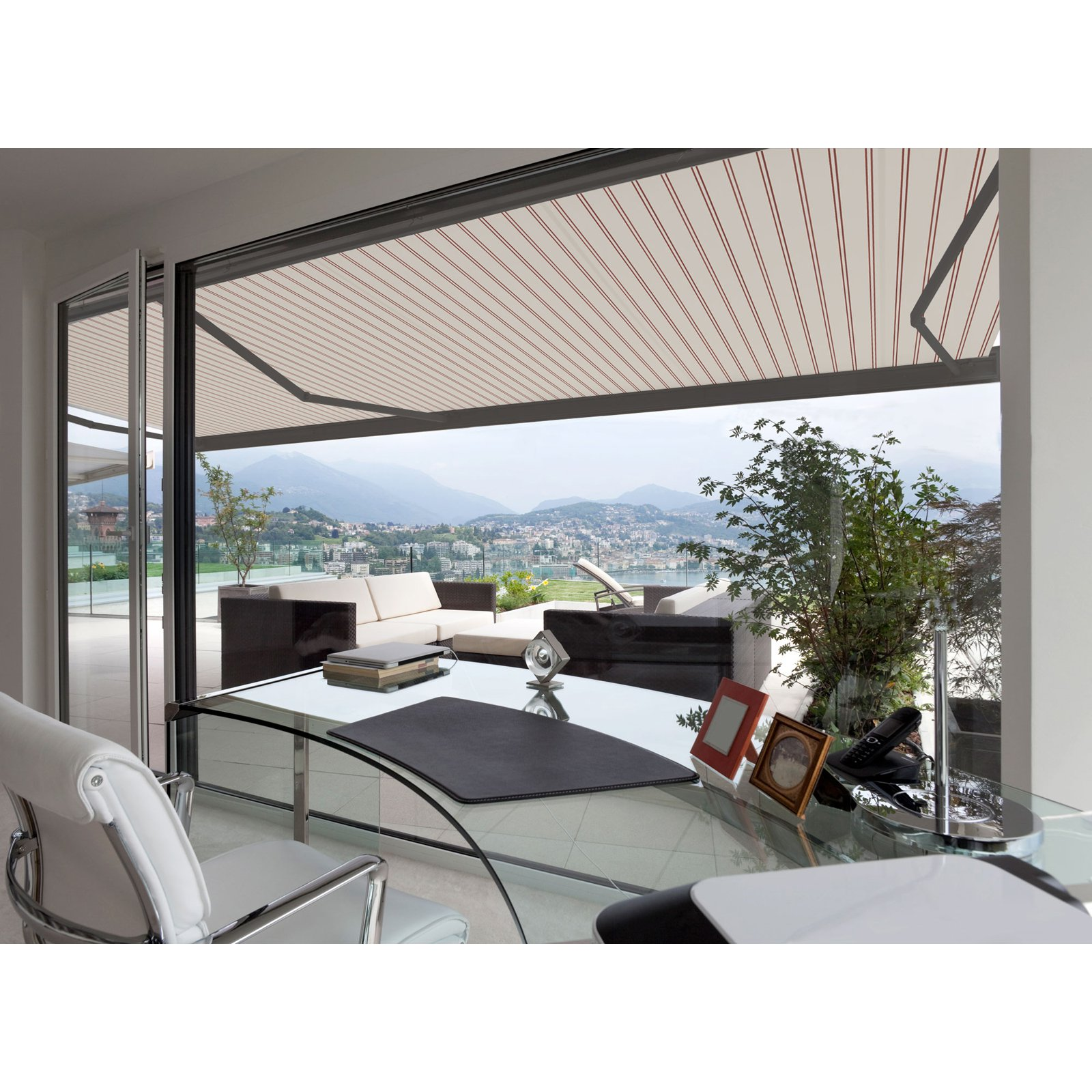 Motorised Retractable Awnings – Understand How They Work And The Benefits Involved
