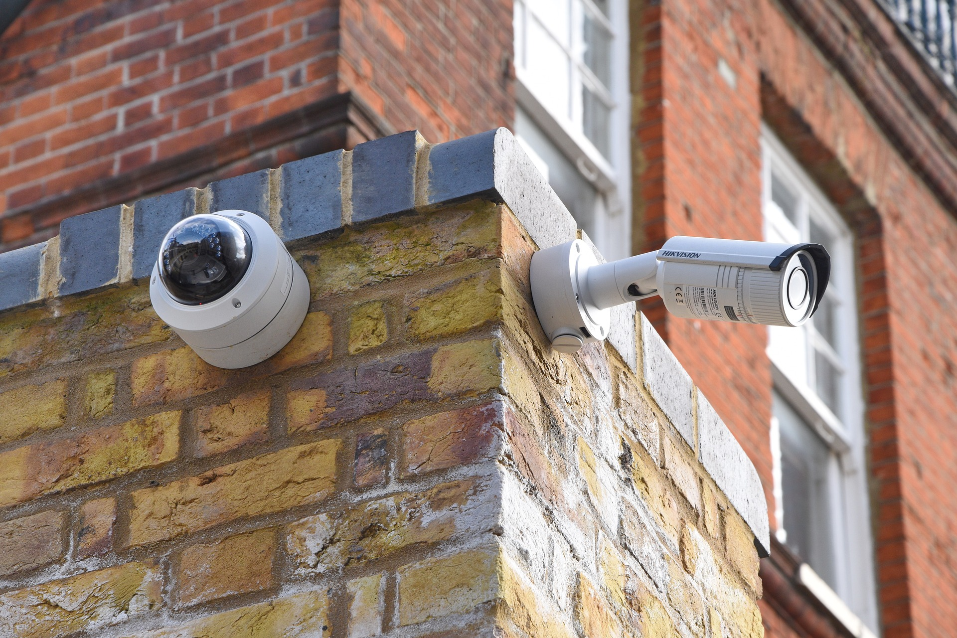 Introduction to Axis Camera & Its Features